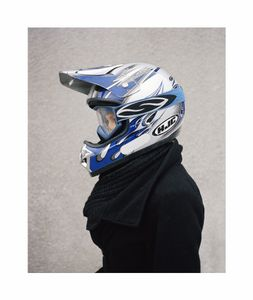 Helmet 02, from the series Casques de Thouars, 2007-2008. Courtesy Galerie RX, Paris