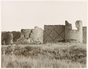 """Walls of Ani, Ani. From the exhibition """"In Focus: Ara Guler's Anatolia"""" © Ara Guler, Freer Gallery and Arthur M. Sackler Gallery Archive"""