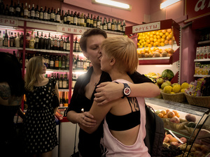Yaroslava and her girlfriend in a local market in the center of Moscow. They risk police intervention with the open expression of their relationship and have no intention of ''hiding'' themselves.