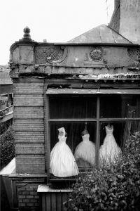 Mokhber al-Dowleh's brides