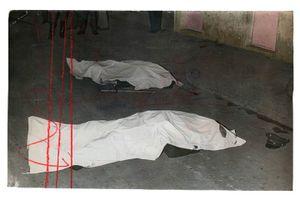 Dos oficiales caen en tiroteoTwo officers fall in shootout