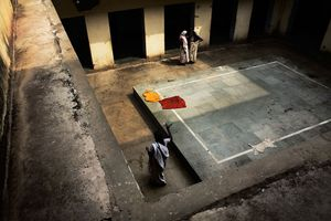 Vrindavan, India, 2009 - An internal courtyard in one the many Ashrams of Vrindavan where the widows spend most of their time. © Massimiliano Clausi/POSSE Photographers