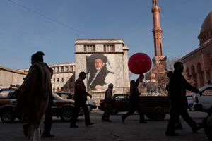 A banner depicting Afghan President Hamid Karzai hangs in Kabul, Afghanistan on January 4, 2010. © Adam Ferguson