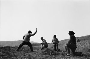 © SHA Fei (1912-1950), Militia women training in how to throw hand grenades, 1940Courtesy of WANG Yan