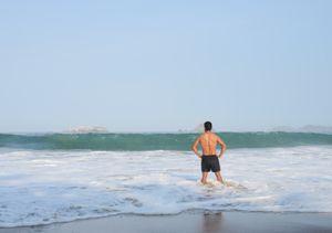 Thriathlon swimmer. Ixtapa.