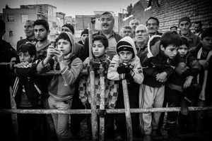 In Execution  entry of poeple to this event is free .. Children and women are going to watch the Execution. Qazvin 2012