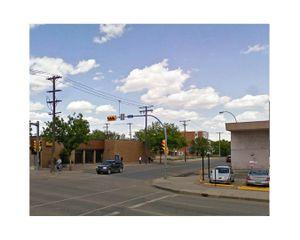 Broad Street, Regina, Saskatchewan     © Pep Ventosa