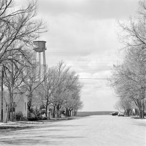 Genoa, Colorado. 1970. © Robert Adams. Image courtesy of Fraenkel Gallery.