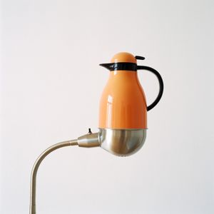 Thermos placed on lamp, 2012 © Jakob Hunosøe, Peter Lav Gallery