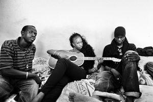 Bideew Bou Bess (band) Entourage