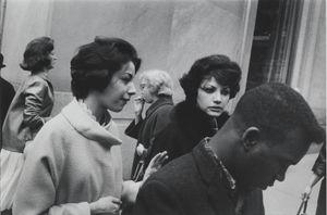 New York, 1960 © Garry Winogrand. Courtesy of Fraenkel Gallery.