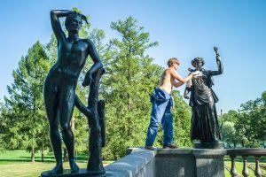 Polishing statues
