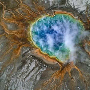 Grand Prismatic Spring, USA.