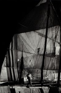Junk sail, Hong Kong, 1958 © Shigeichi Nagano