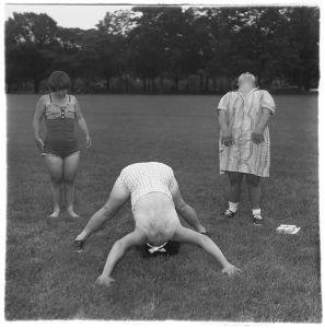 Untitled (6), 197071, © The Estate of Diane Arbus LLC, Courtesy Jeu de Paume