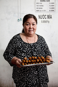 Nguyen Day Minh, owner of a small restaurant