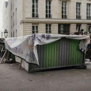 Bd Saint Martin  75010 Paris.