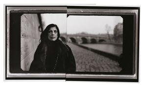 """Susan Sontag, Quai des Grands Augustins, Paris, 2002 © Annie Leibovitz, from """"Annie Leibovitz: A Photographers Life 1990  2005"""""""