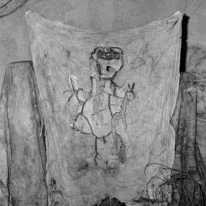 Grabbed, 2006, from the series Boarding House © Roger Ballen
