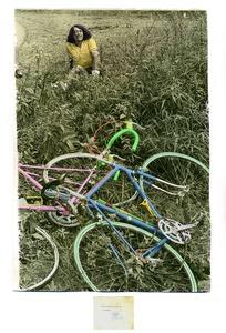 Accident de vélo, 2014. Fotografía sobre papel de algodón iluminada con pigmentos © Andrés Felipe Orjuela. Exhibitor: DOCUMENT ART