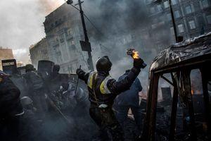Behind Kiev's barricades_12