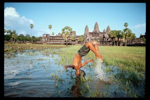 Angkor Wat, Cambodia. An architectural jewel built thanks to a mastery of water. The monumental city-temple was built in the 13th century. In order to overcome the area's long droughts, the city had to set up a hydraulic system of ditches and canals ensuring soil irrigation and drainage. © Lâm Duc Hiên
