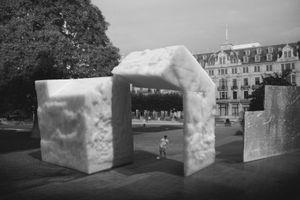 Untitled #9, (Kaiser-Friedrich-Platz, Wiesbaden, Hesse) © Hans Gindlesberger