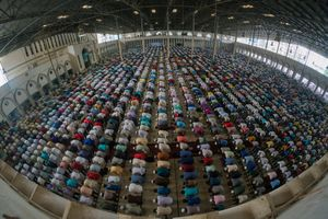 Congregational Prayer In Mosque