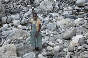 Matilda Nyakake - from a series HOMELESS NURSESraging water, the human factor