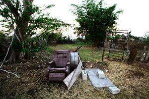 The backyard of Gerardo's parents house. © Meeri Koutaniemi