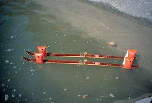 Ski (Skis) © Roman Signer, courtesy of Prix Pictet 2008
