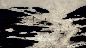 Lois Patiño Montaña en la sombra (Serie Eco de la imagen), 2014. Impresión digital / papel, Hahnemühle © Lois Patiño. Exhibitor: Rocio Santa Cruz