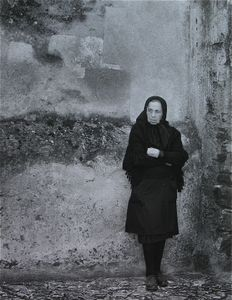 Woman, Viana do Alentejo © Eric Blau