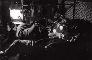 Opium den, Kowloon, 1958 © Shigeichi Nagano