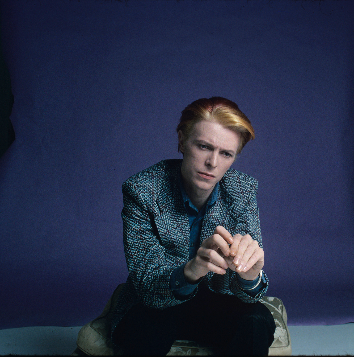 Bowie: Portraits of and Behind the Icon