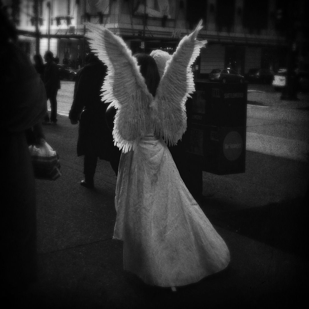 Angels in Streets: Black and White Mobile Photography