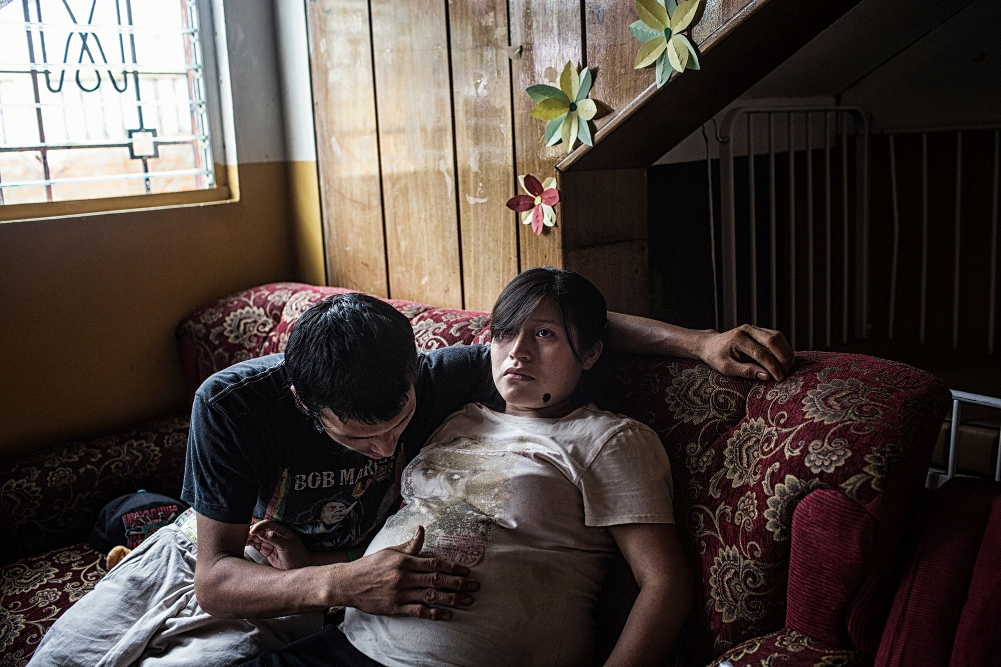 Planes De Renderos El Salvador May 2016 Idalia Alverado Sanchez And Her Husband Alex In An Intimate Moment Awaiting The Arrival Of Their Child At The