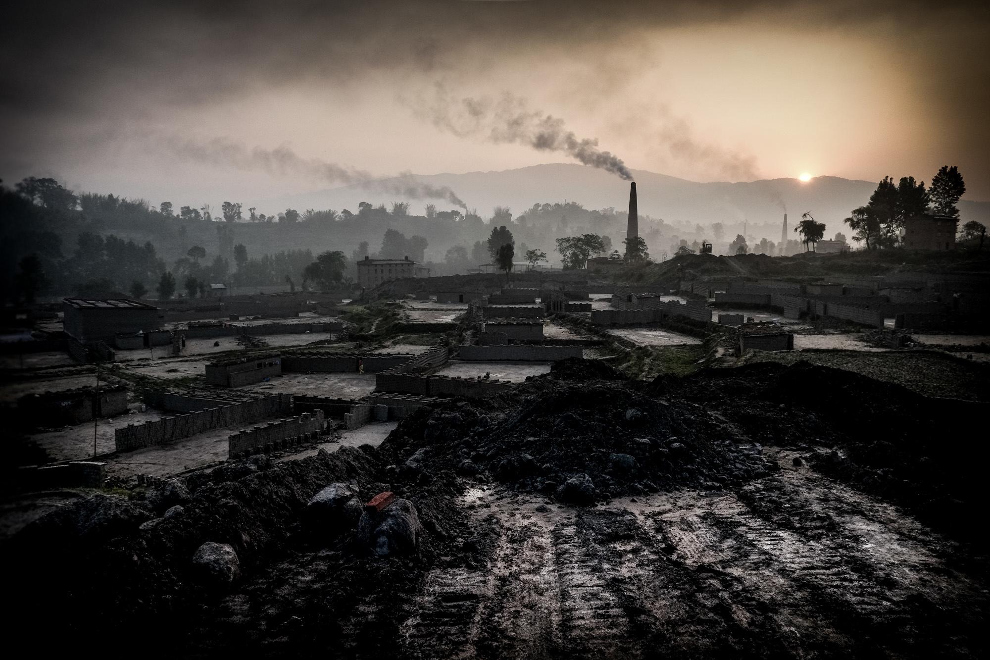 Les Miserables: Nepali Brick-Makers